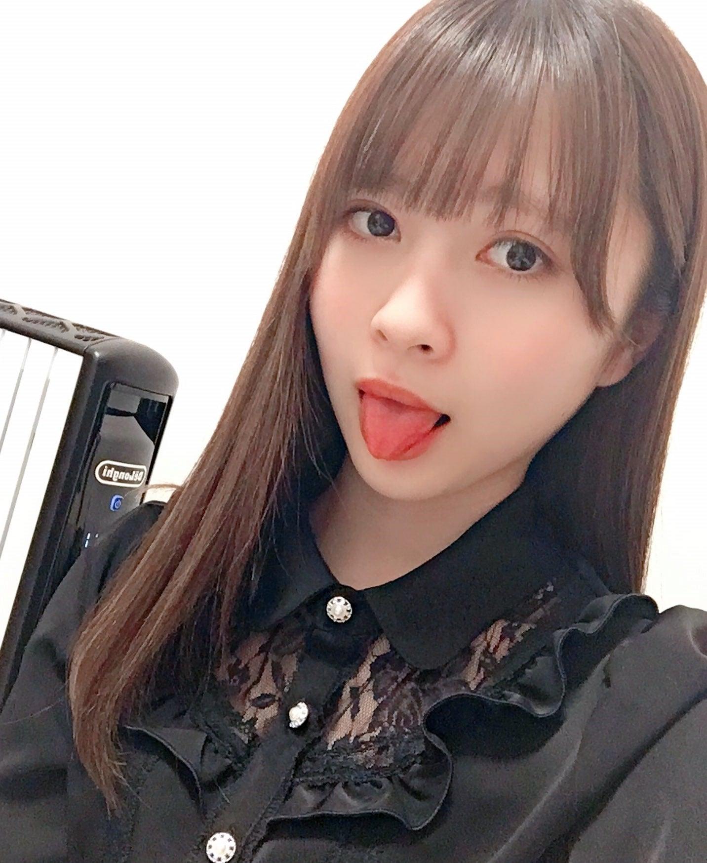 藤井優衣の舌出し (26)