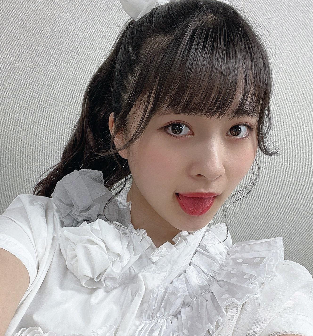 藤井優衣の舌出し (30)