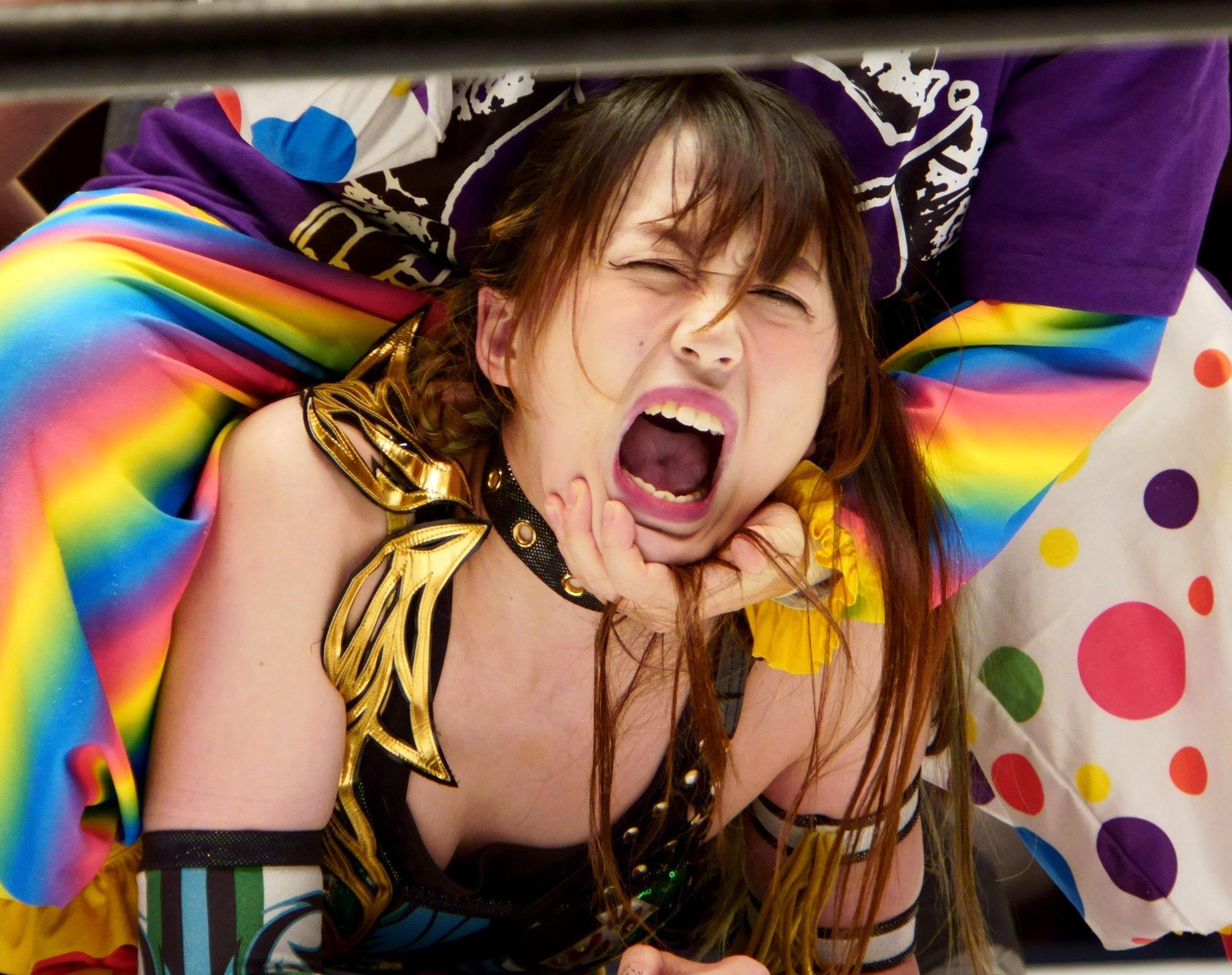 上谷沙弥のぬっちょり舌 (3)